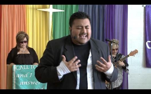 Gilbert-Church-Singing-iCPAP